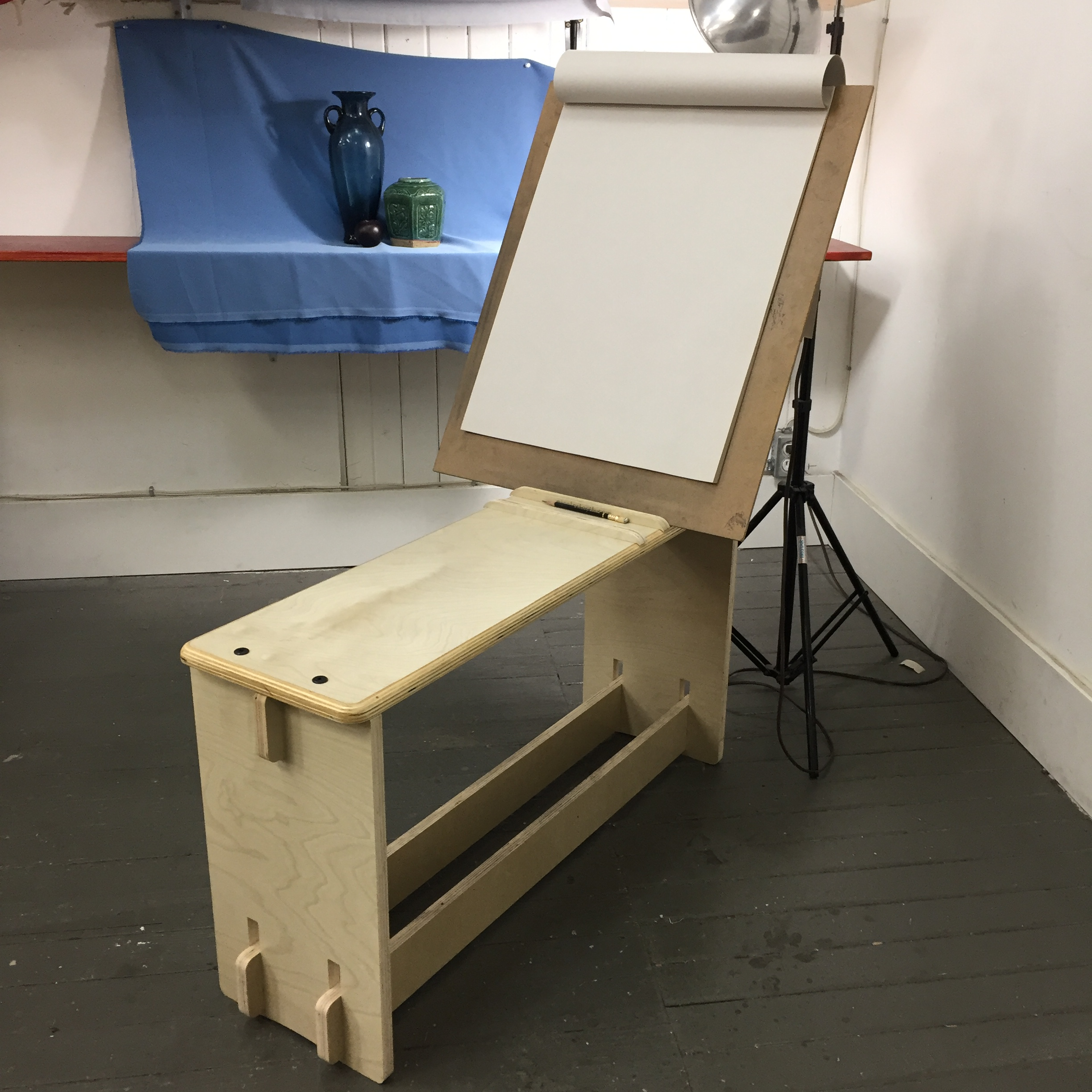 Cornwall Art Bench with paper